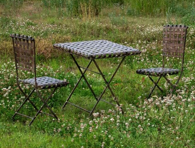 French garden table and chairs set