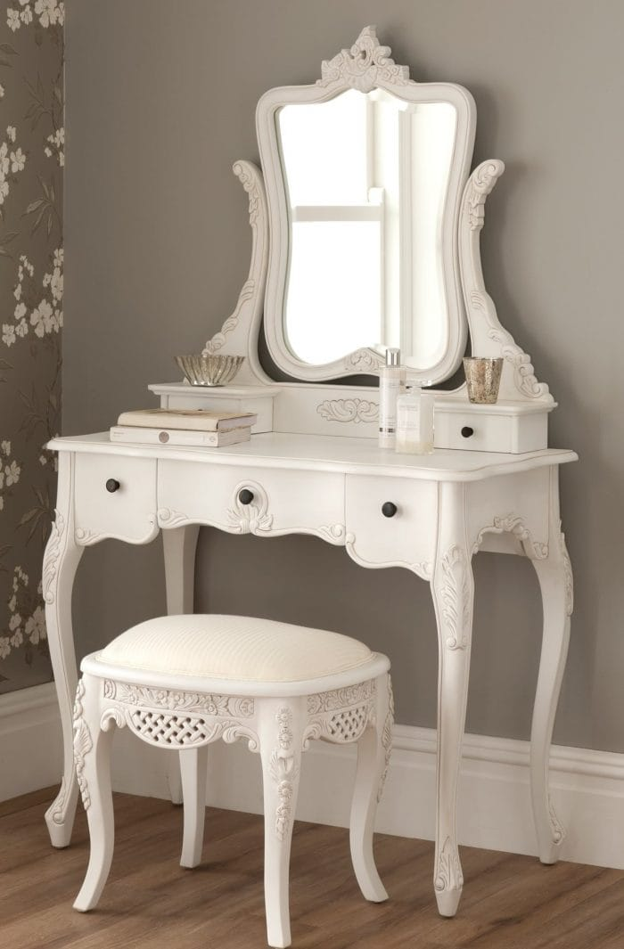 La Rochelle Antique Dressing Table Set