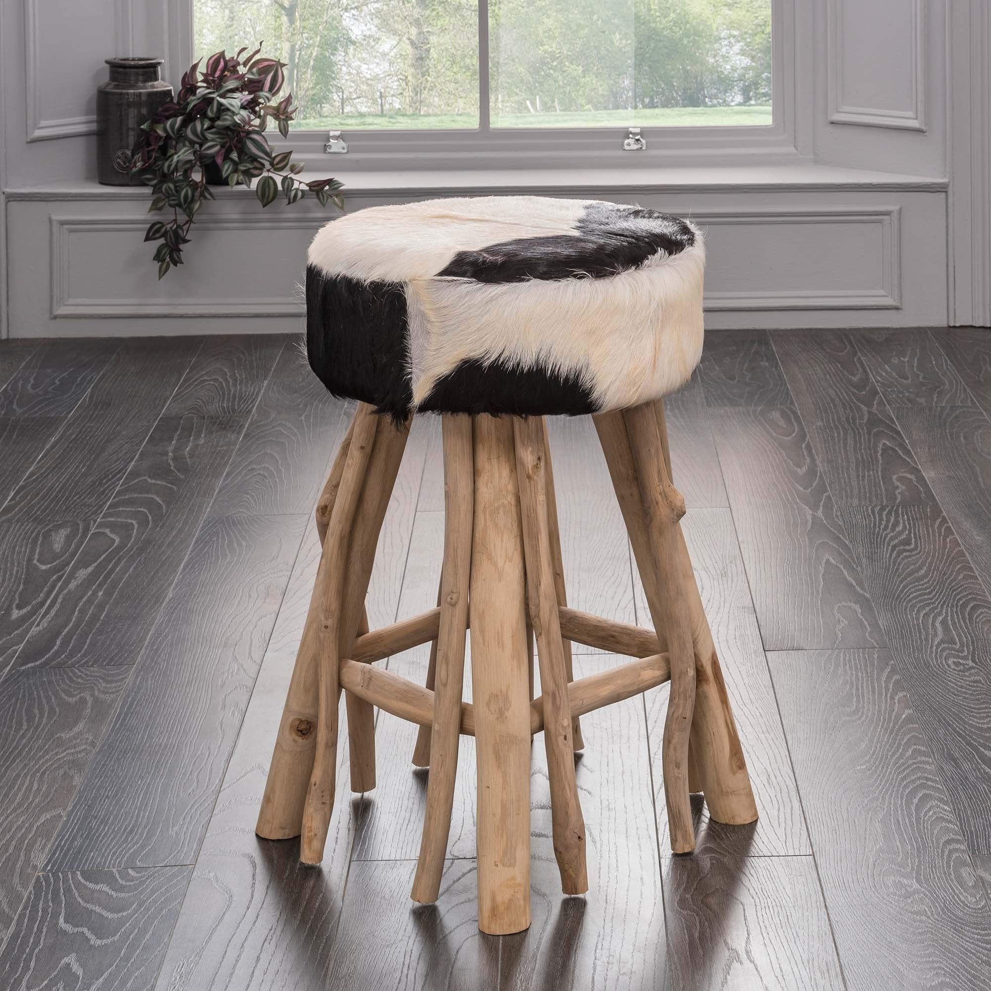 Cowhide Furniture - Have You Got It In Your Home Yet?