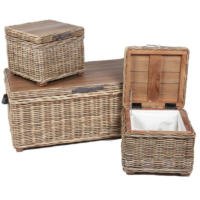 A lovely set of wicker trunks, coming with a lovely finish this is going to leave an impression of a stylish home.