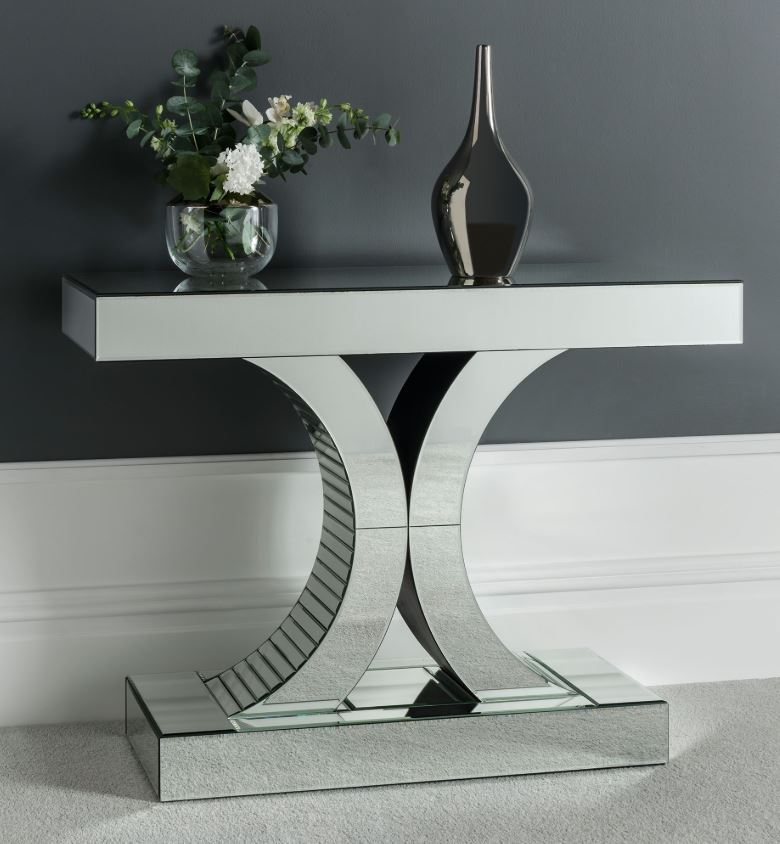 What goes with mirrored furniture