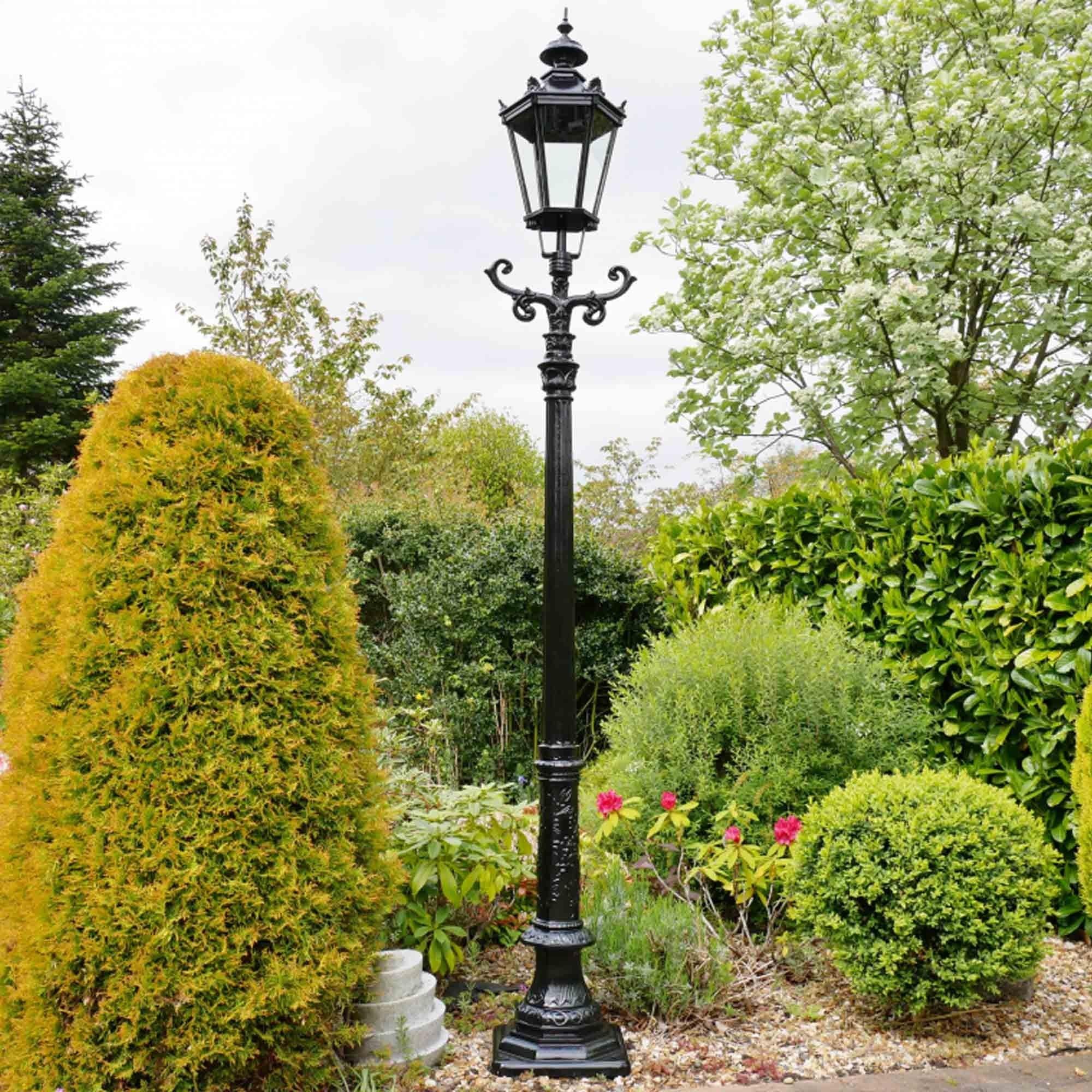 Picture of: Aluminium Lamp Post Lamp Post Decorative Lampost