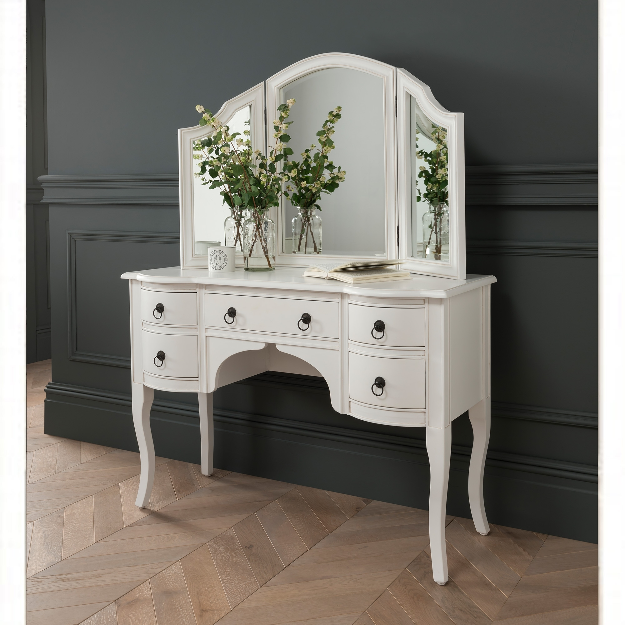 Antique French Style White Finished Dressing Table Homesdirect365