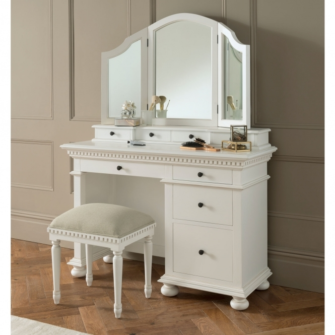 Bakersfield White Antique French Style Dressing Table Set