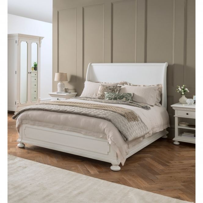Patio Furniture Bakersfield: Bakersfield White Antique French Style Sleigh Bed