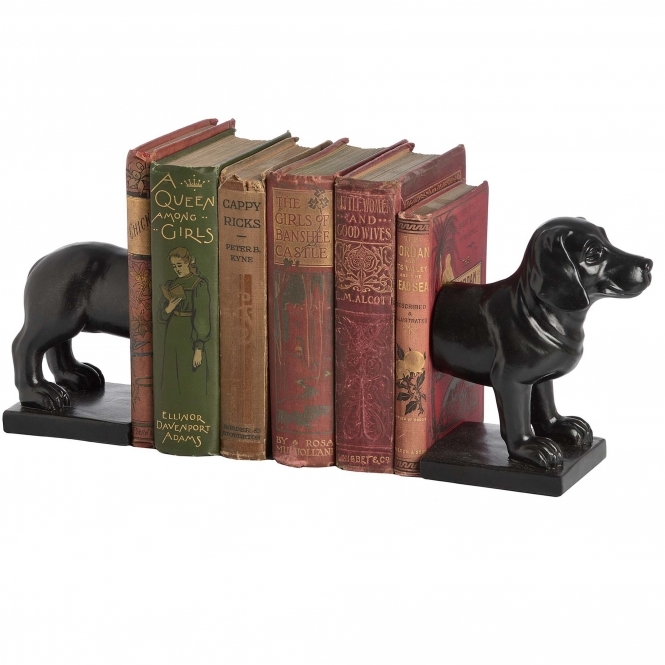 Black Dog Bookend