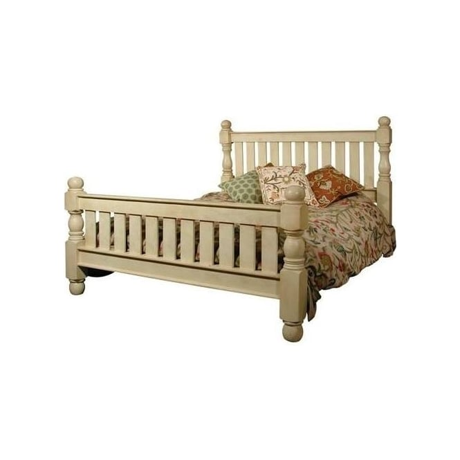Colonial Bed