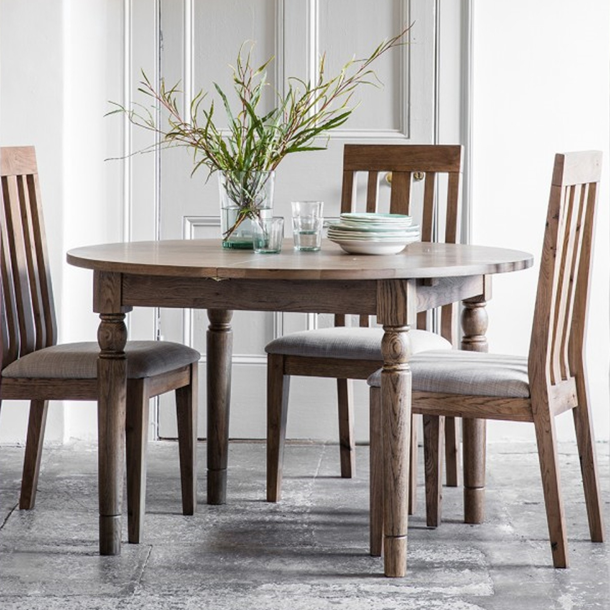 Cookham Round Extending Dining Table Oak Oak Dining Table Extending Dining Table