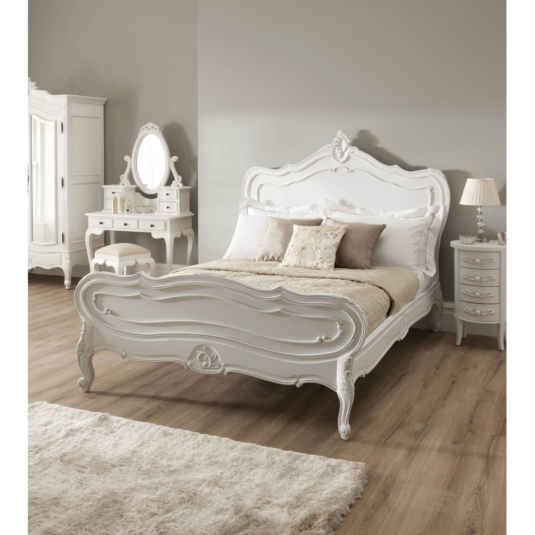 La rochelle antique french style bed carved mahogany for French style bedroom furniture