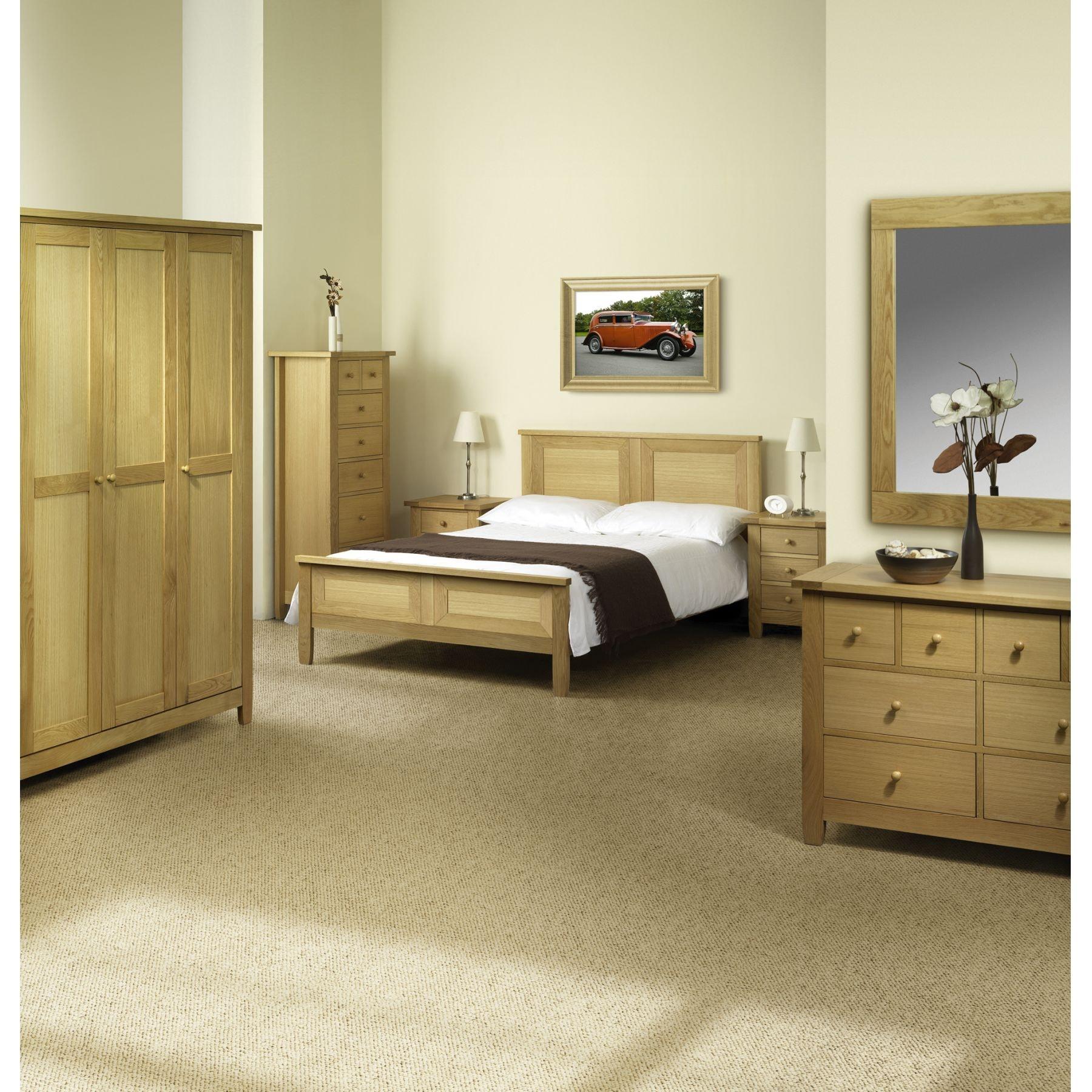 Lyndhurst Bedroom Furniture 2 Door Wardrobe