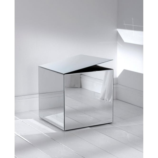 https://www.homesdirect365.co.uk/images/mirrored-cube-storage-box-p7189-3539_medium.jpg