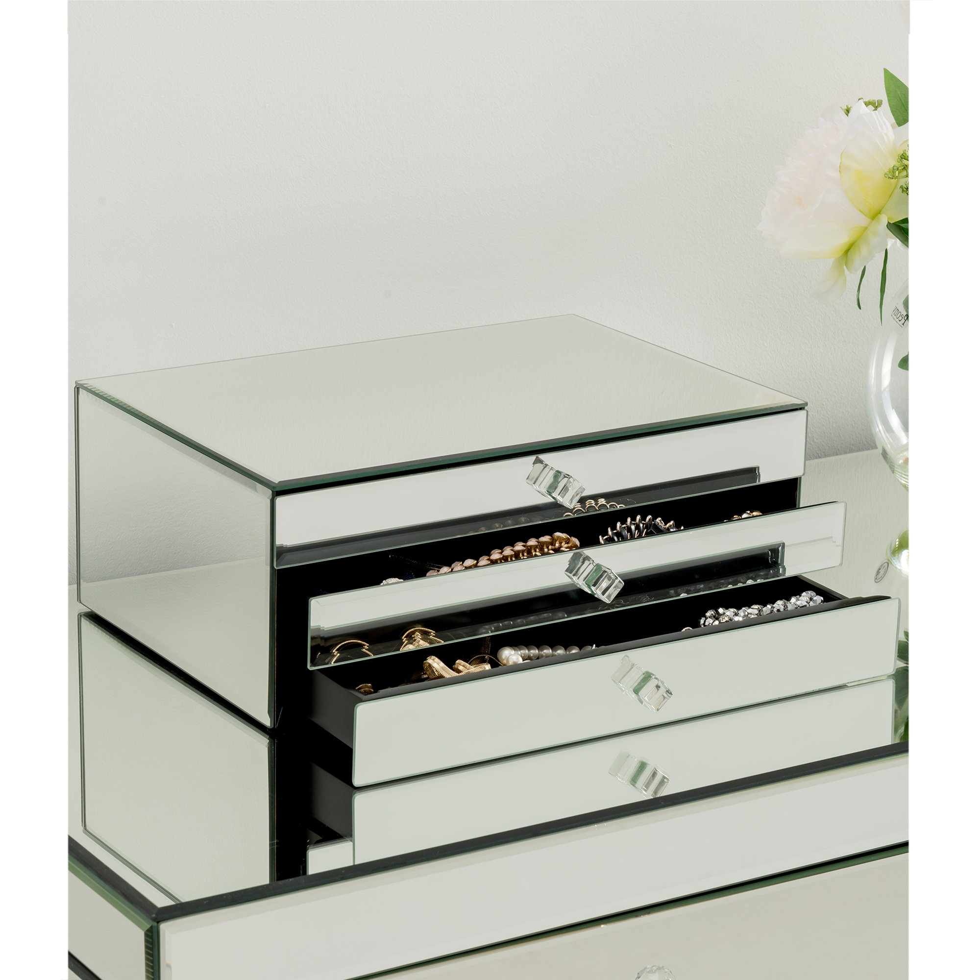 Best 25 mirrored jewellery box 28 images target for Mirror jewellery box