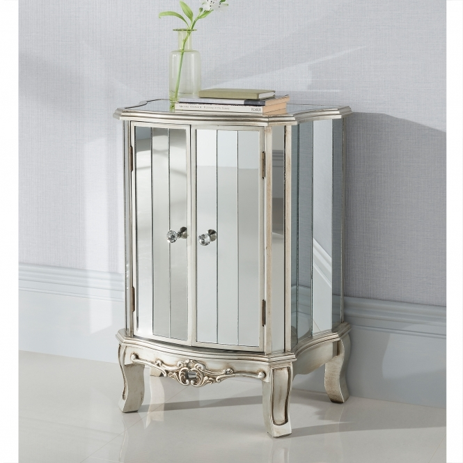 Argente Mirrored Antique French Style Unit
