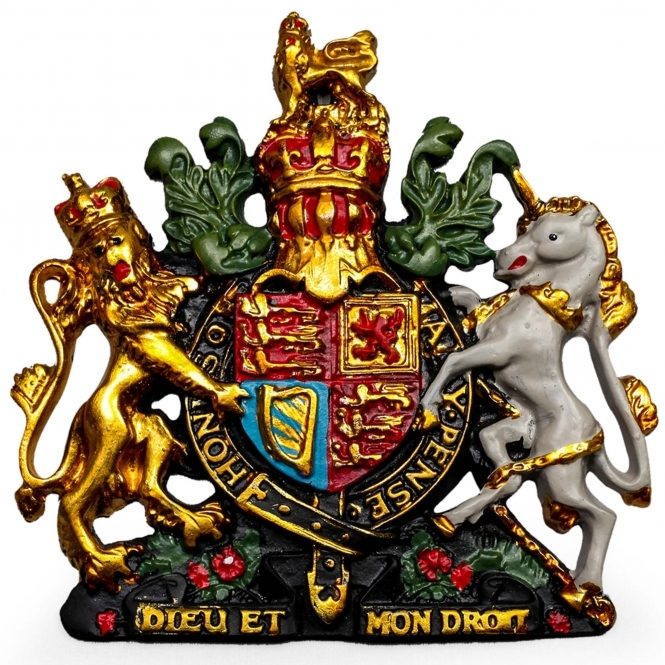 https://www.homesdirect365.co.uk/images/small-coloured-coat-of-arms-wall-plaque-p43335-37536_medium.jpg