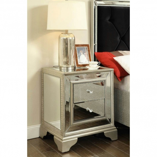 https://www.homesdirect365.co.uk/images/sofia-mirrored-bedside-table-p42434-35260_medium.jpg