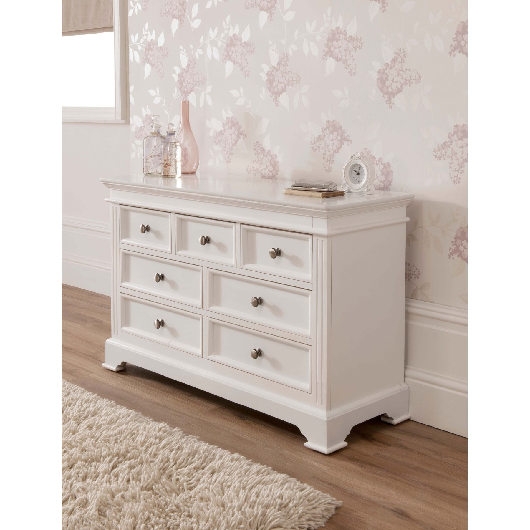 photo   white chic bedroom furniture images. Shabby Chic Bedroom Furniture Amazing Pictures   Agemslife com