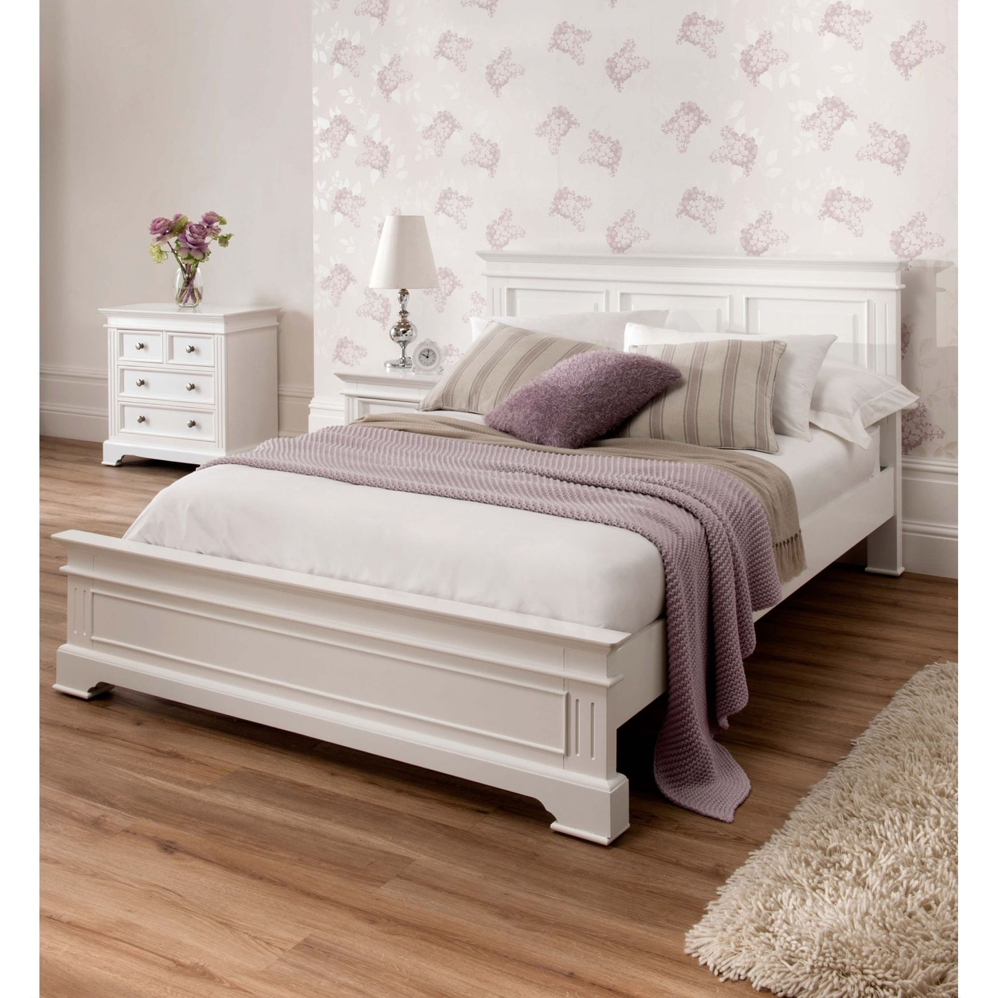 With This Marvelous Sohpia Chic Bed You Are Guaranteed Beauty