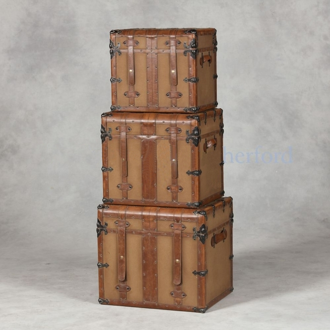 Steamer Trunk Style Set Of 3 Trunks