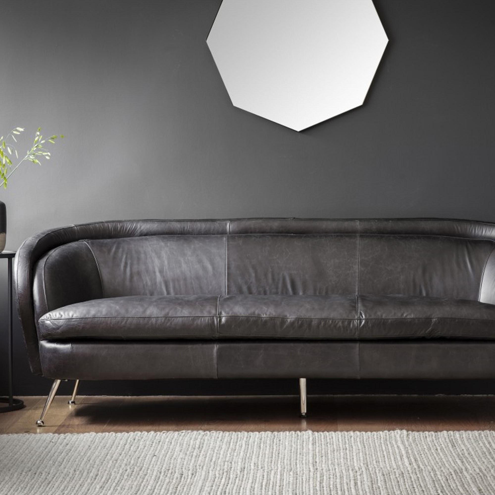 Picture of: Tesoro Sofa Black Leather Modern Sofa Curved Sofa Leather Sofa