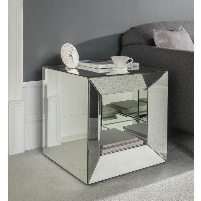 https://www.homesdirect365.co.uk/images/venetian-mirrored-cube-side-table-p43081-47307_medium.jpg