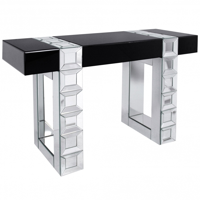 https://www.homesdirect365.co.uk/images/venetian-mirrorred-console-table-p41141-31177_medium.jpg