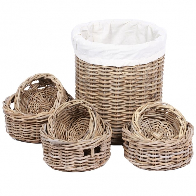Wicker Merchant Set of 7 Round Baskets With Lining